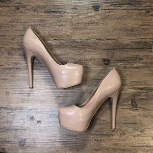Steve Madden Nude Deja Vu heels